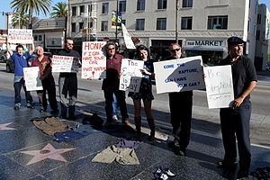 English: Skeptics descend on Hollywood Blvd Ma...